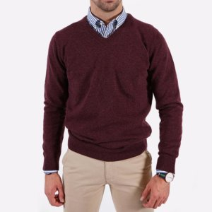 Jersey Barbour granate cuello pico 1